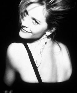 梅格·瑞恩黑白写真大片