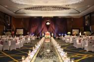 大型婚宴餐厅布置图片(13张)