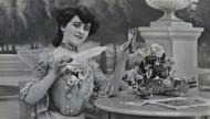 黑白复古女士影像图片(22张)