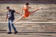 街上的舞者图片(11张)