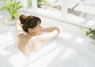 沐浴中的女孩图片(47张)