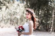 穿婚纱的新娘图片(10张)