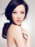 水嫩嫩美女淡妆纯色气质写真
