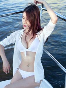 李七喜轮船上妖娆诱惑