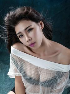 美女杨洋洋动感秀美胸
