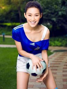 陈瑞为阿根廷改名陈燃世界杯写真秀甜美性感