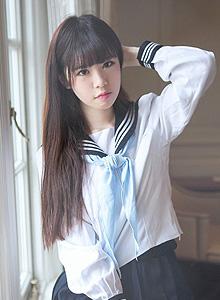 教室里清纯美女校花制服唯美写真