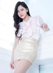 亚洲美女模特Lynn丝袜美腿翘臀性感写真