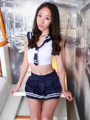 女学生清纯美女写真民国学生装可爱美女梓萱俏丽露脐学生装写真呆萌甜美
