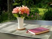 插满鲜花的花瓶图片(15张)