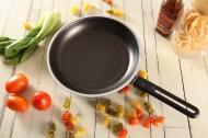 家用厨房炒锅图片(10张)