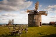转动的荷兰风车图片(14张)