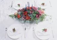 餐桌上的插花艺术图片(9张)