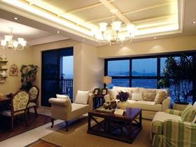 米色混搭客厅吊顶美图赏析