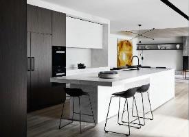 一组简约整洁厨房设计