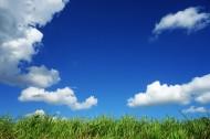 平原上空的蓝天白云图片(10张)
