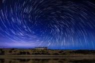 漂亮的星轨星空图片(12张)