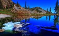 自然风光水中倒影图片(22张)