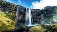 山涧的小瀑布图片(11张)