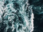 波涛汹涌的海浪图片(17张)