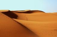 荒芜人烟的沙漠图片(9张)