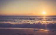 海滩日落美景图片(7张)