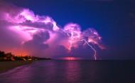 紫色闪电图片(20张)