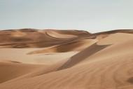荒芜的沙漠风光图片(13张)