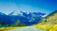 积雪的山峰图片(16张)
