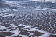 沙滩上的波浪水流痕迹图片(11张)