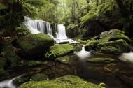 山林小瀑布图片(11张)
