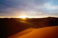 壮阔的沙漠图片(9张)
