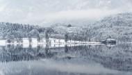 冬天下雪时的美景图片(12张)