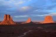 地质奇观之纪念碑山谷图片(13张)