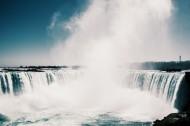 气势磅礴的瀑布图片(13张)