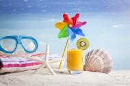 沙滩衣帽服饰风景图片(15张)